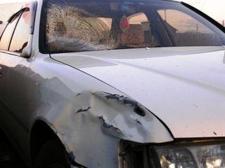 Underkhaan -- 10-08 Trip -- Car Damage -- WS