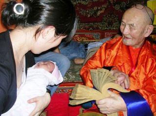 Tsagaan Sar 2009 -- Sodnamtseren Blessing Baby 2 -- WS