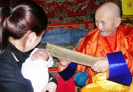 Tsagaan Sar 2009 -- Sodnamtseren Blessing Baby 1 -- WS