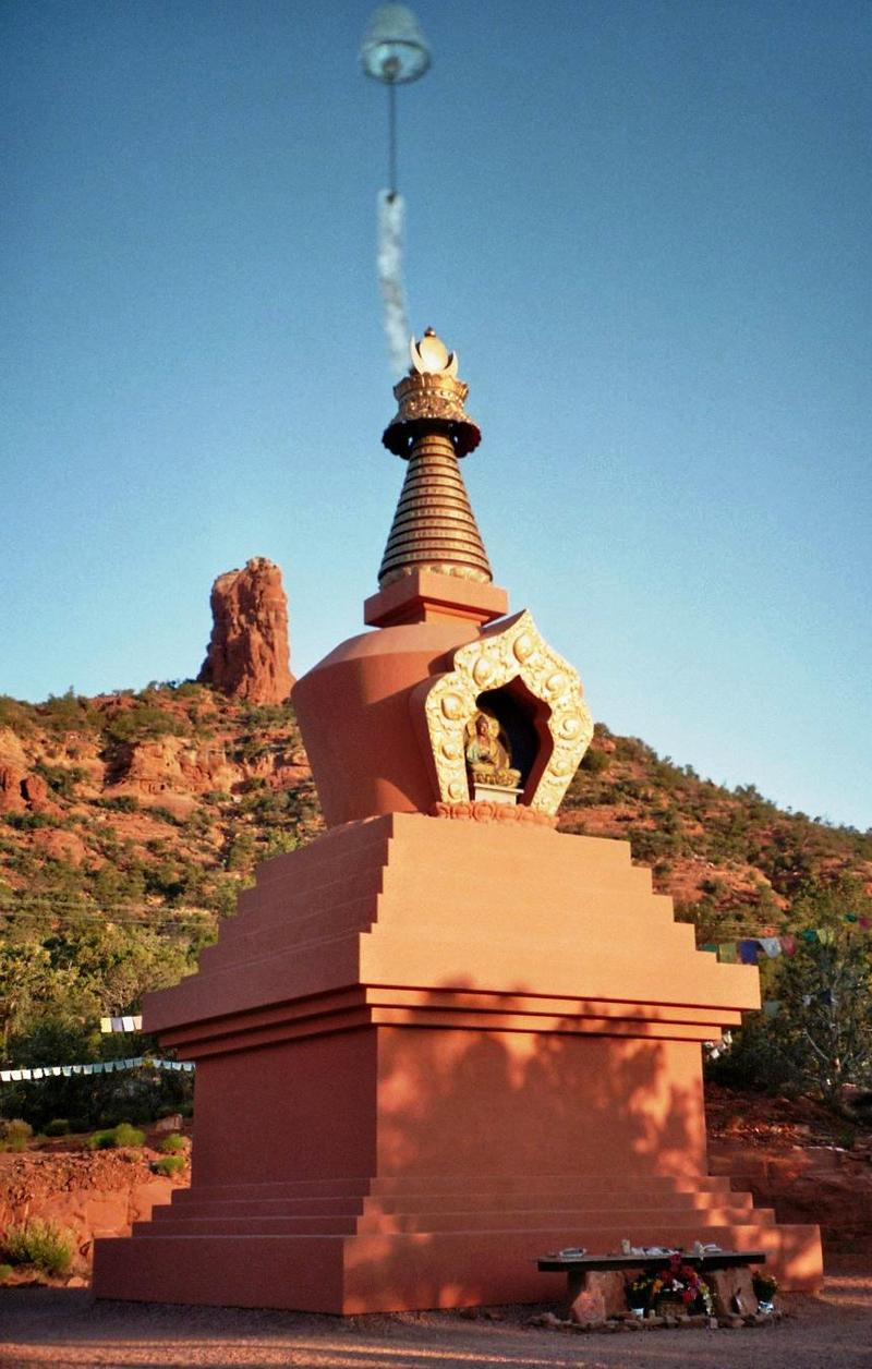 Sedona_stupa_with_strange_object
