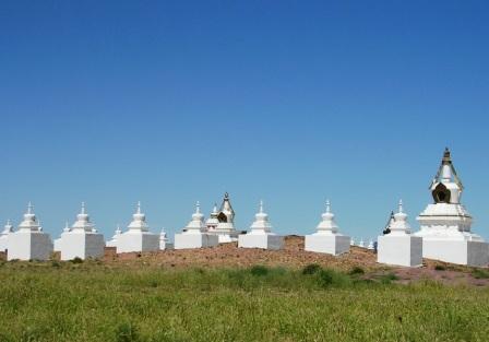 Dornogov_khamar_shambhala_stupas_an