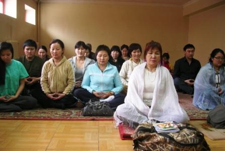 Mongolian_class_meditating_ws