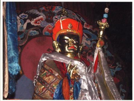 Agui_cave_guru_rinpoche_statue_web_size