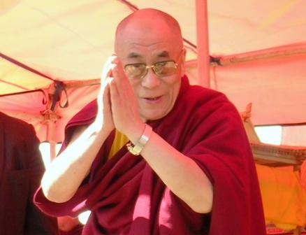 Dalai_lama_gandan_hh_farewell_greeting_w