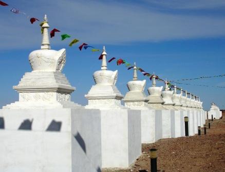 Dornogov_shambhala_small_stupa_line_web_