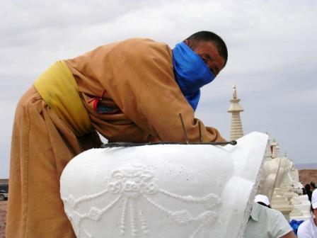 Dornogov_shambhala_stupa_filling_togtokh