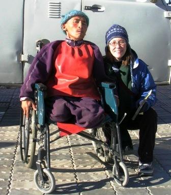 Fire_sainshand_wheelchair_guy_and_meredi