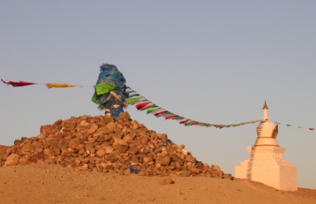 Khan_bayan_zurkh_childrens_stupa_and_ovo