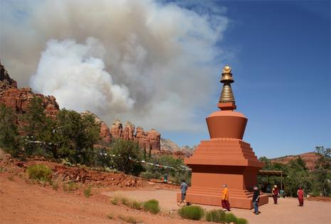 Stupa_and_fire
