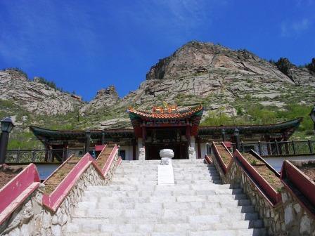 Terelj_aryapala_temple_stairs_web_size