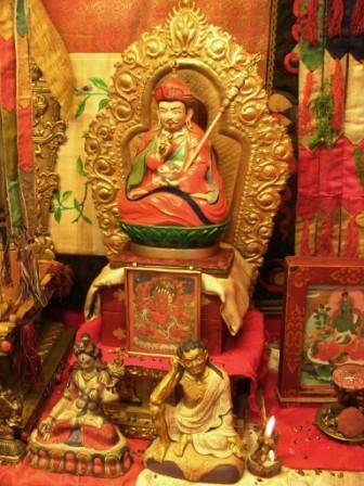 Ub_mandal_tov_opening_guru_rinpoche_and_